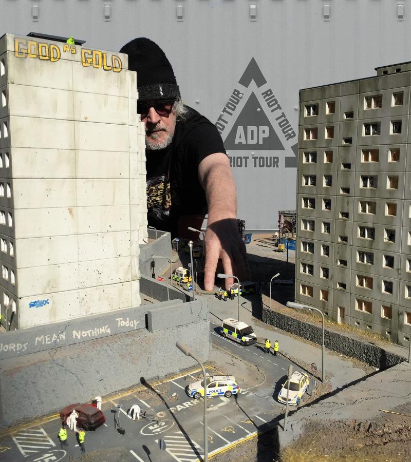 Ru Callender - Jimmy Cauty's ADP Riot Tour - Totnes Pulse